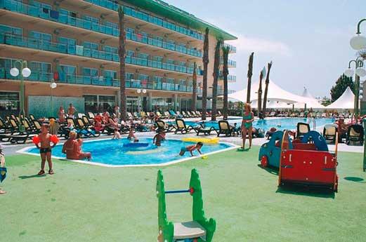 Hotel Caprici Verd resort
