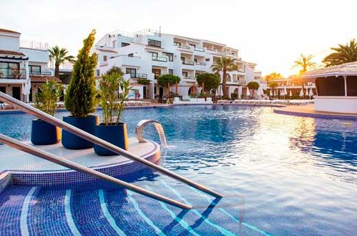 Club Bahamas zwembad