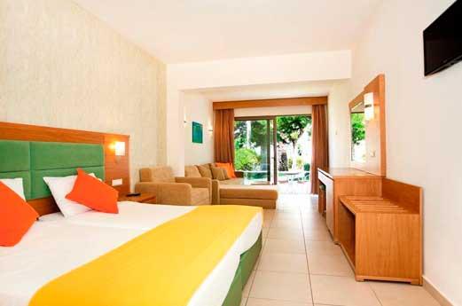 Hotel Costa Caleta hotelkamer