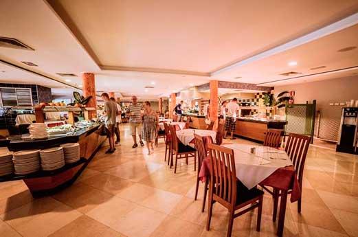 Hotel Costa Caleta restaurant
