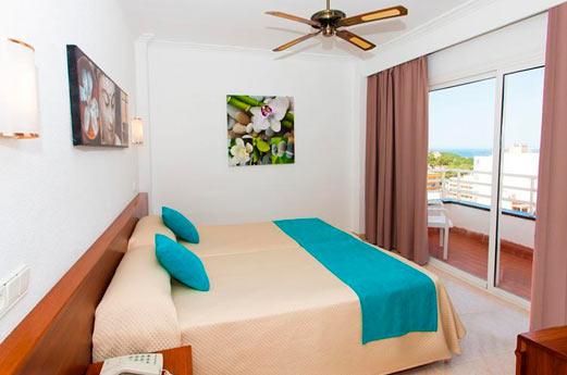 Kilimanjaro Hotel slaapkamer