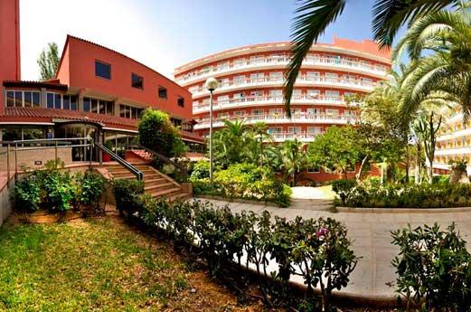 Hotel Luna Club & Park voorkant