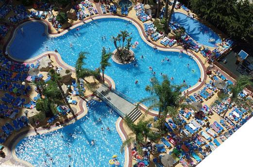 Hotel Flamingo Oasis zwembad