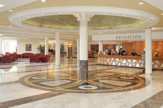Hotel Flamingo Oasis receptie
