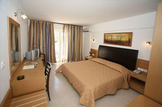 Hotel Mediterraneo kamer