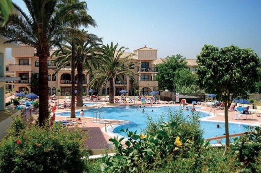 Hotel Puente Real zwembad