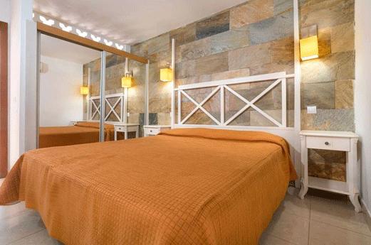 Broncemar Beach Aparthotel Kamer