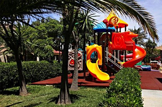 Hotel Zafiro Menorca Speeltuin