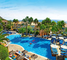 1. Apart Hotel Royal Son Bou Family Club