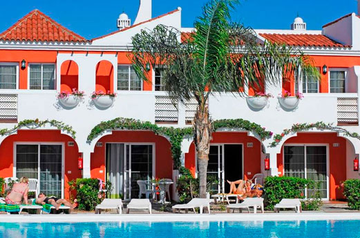 Cordial Green Golf Hotel
