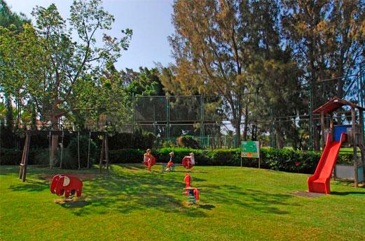 Cordial Green Golf Miniclub